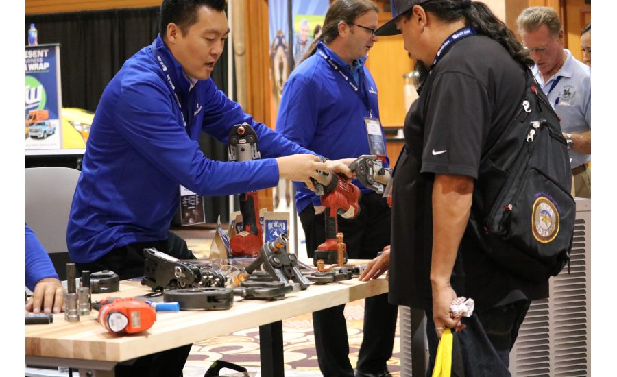 Attendees interact with vendors and other contractors at the Product Showcase during the 2017 Service World Expo in Las Vegas