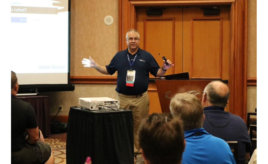 Dave Squires speaks to a group of contractors during a breakout session at the 2017 Service World Expo in Las Vegas