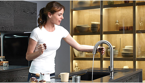 A Look Into The Offerings Of Residential Touchless Faucets - Touch activated kitchen faucet